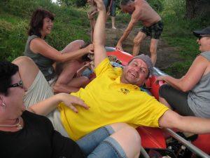 2016 Schlauchboottour Kr.Hufe meine Frauen und ich
